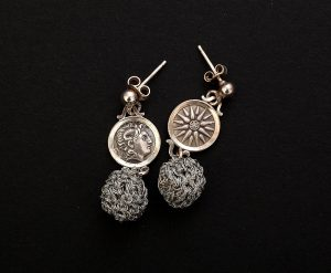 Earrings 0571